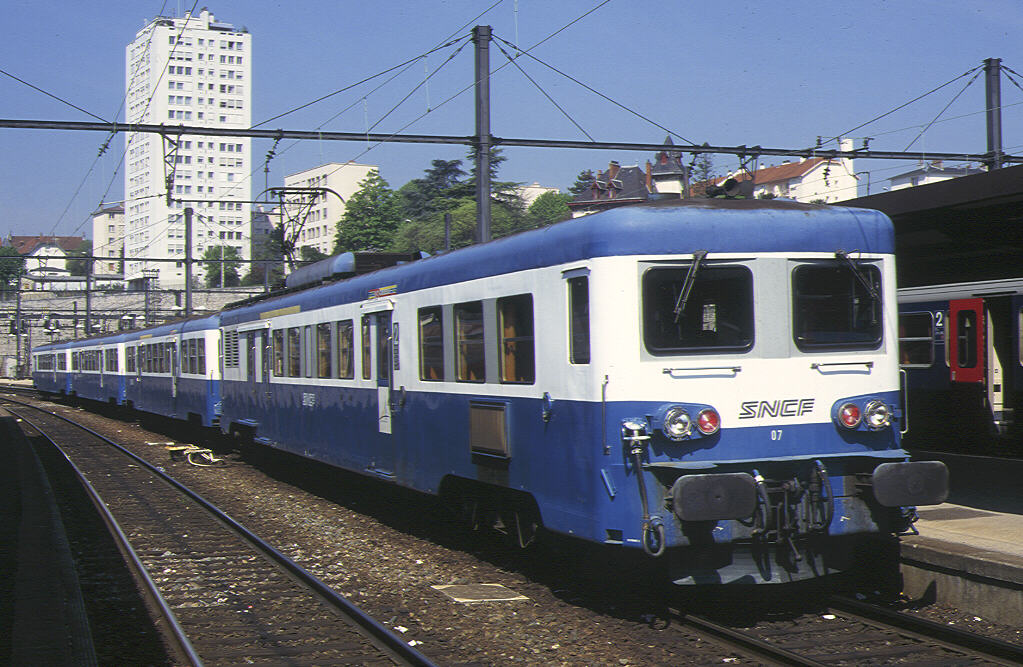 car Class Z7100 1500 V DC EMU is seenat Dijon. This is a design ...